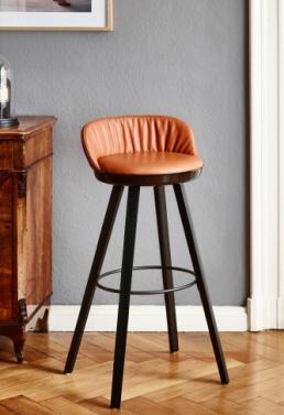Stuhl von Freifrau Barhocker Romy